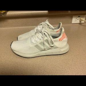 PreOwned Adidas Originals Swift Run Men 7.5 White